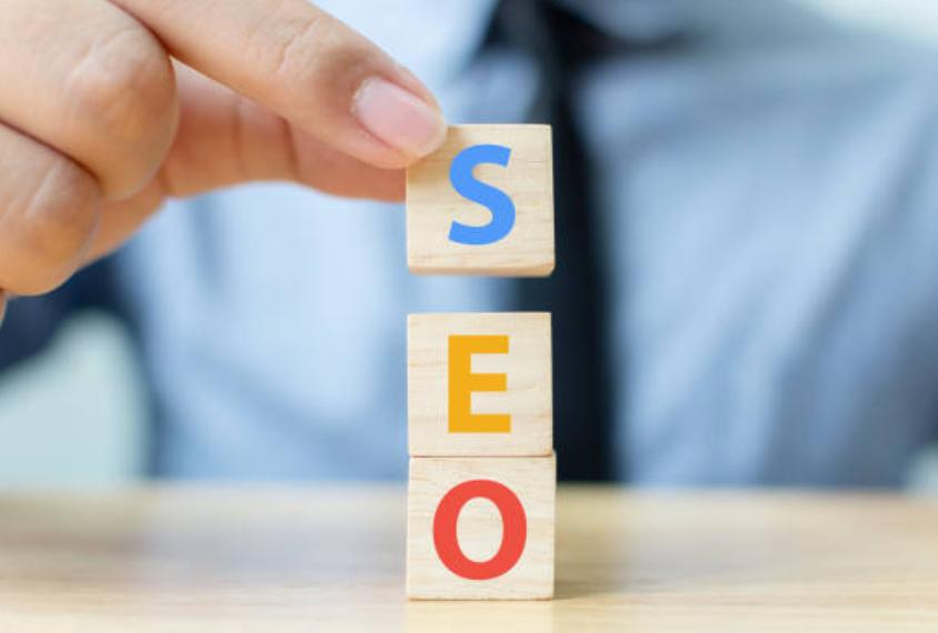 Kiểm tra SEO trang web sẽ được chia thành 3 khía cạnh